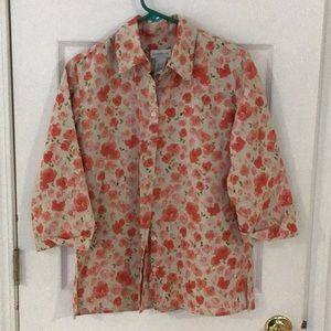 Liz Claiborne Ladies Button up floral blouse Sz S